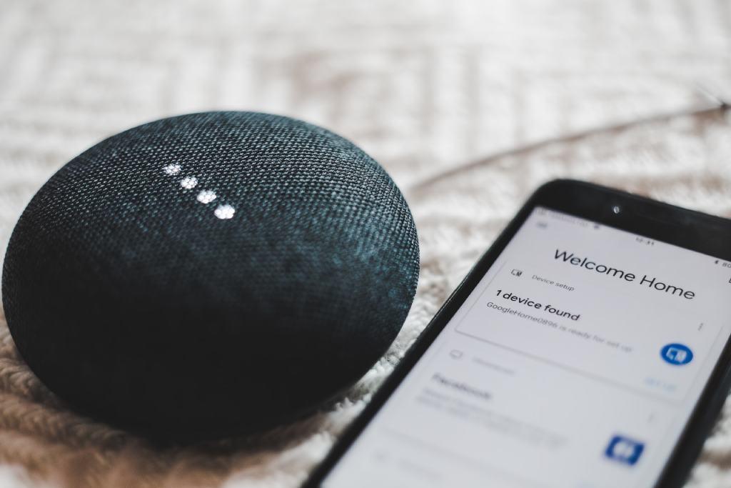 google home smartphone